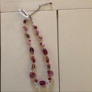 ❤️ American Eagle Chunky Pink Necklace